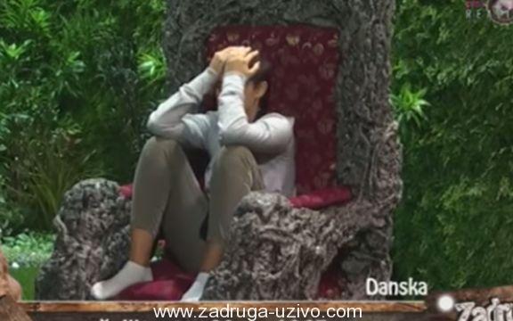 ZADRUGA: Mina Vrbaški psihički puca - Palače po ceo dan i moli da je puste! VIDEO